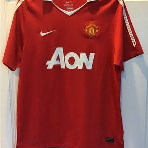 NWOT. Nike Dri Fit Authentic Aon Manchester Jersey